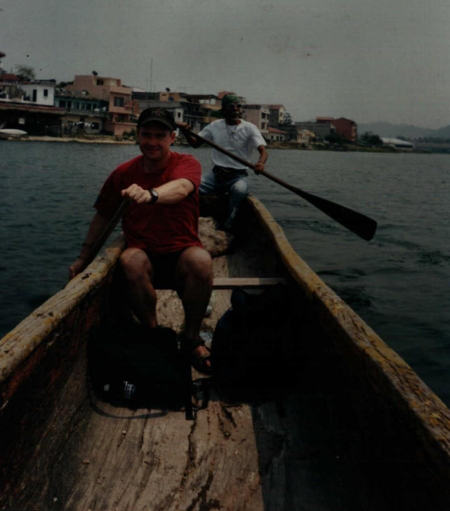 Flores Boating